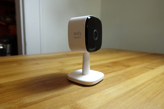 Eufy's Indoor Cam 2K is a great indoor security camera for those on a budget.