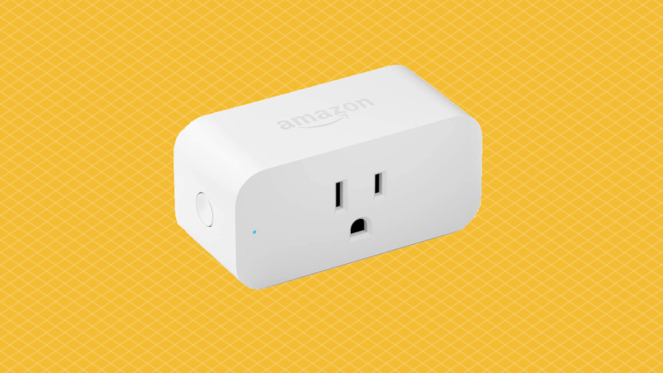 """""""Don't you sass me, electrical outlet!"""" Just kidding — this is the <em>good</em> kind of """"smart."""" (Photo: Amazon)"""