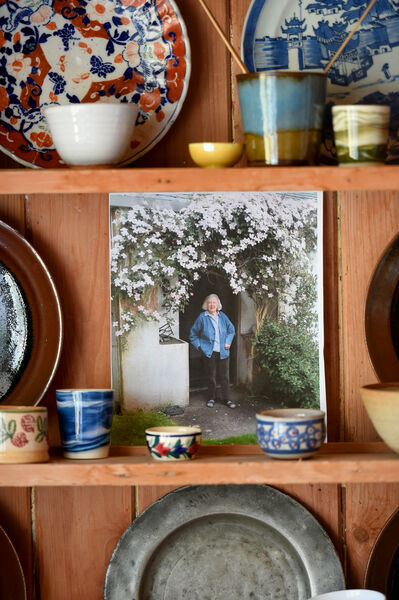Home owner Elizabeth Neave (RIP) worked as a potter at Shanagarry/Stephen Pearce Pottery for many years.